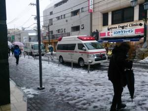 160118 救急車